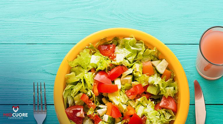 A importância do consumo de alimentos leves no verão